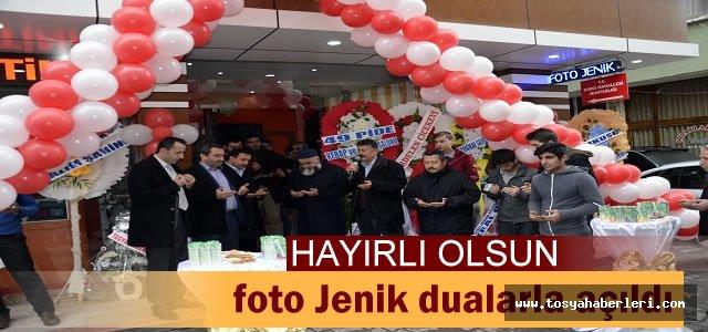 FOTO JENİK STÜDYOSU DUALARLA AÇILDI