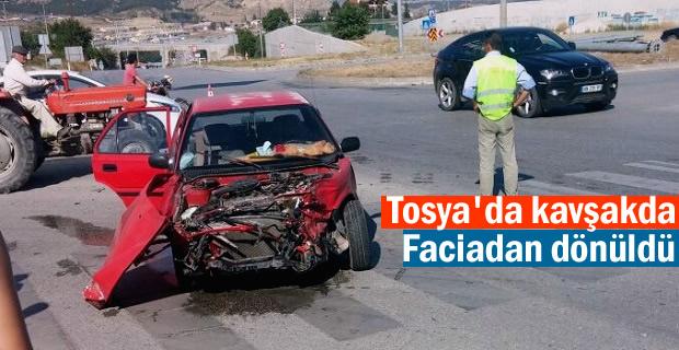 Tosya- Çorum Kavşağında Trafik Kazası