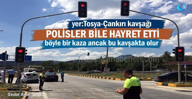 Tosya-Çankırı kavşağında Polisleri bile şaşırtan Trafik Kazası