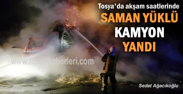 Tosya'da Saman Yüklü Kamyon Yandı