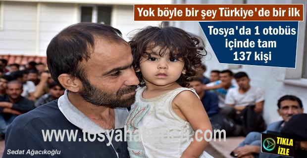 Türkiye'de bir ilk Otobüs içinde 137 kişi yakalandı