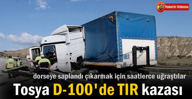 Tosya D-100 Karayolunda TIR Kazası