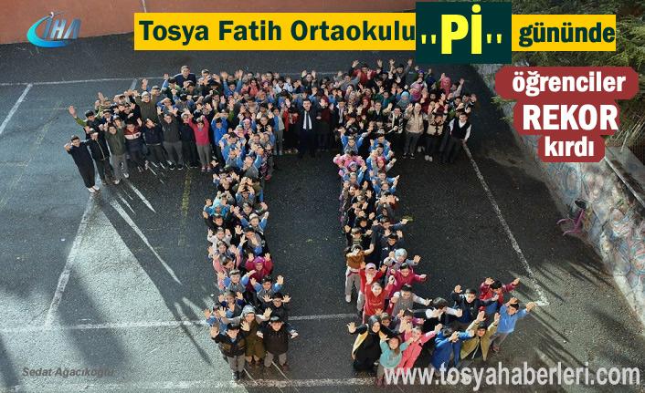 Tosya Fatih Ortaokulu ''Pİ'' gününde Rekor Kırdı