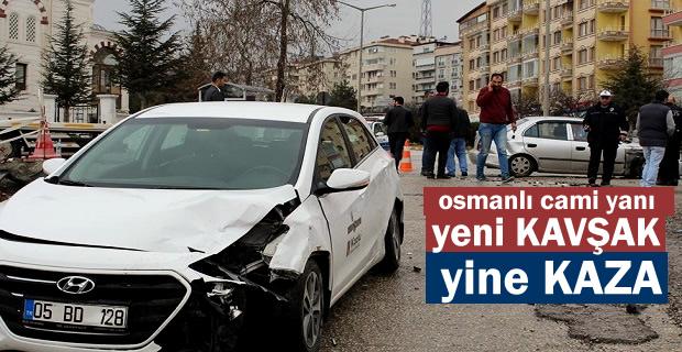 TOSYA OSMANLI KAVŞAĞINDA TRAFİK KAZASI