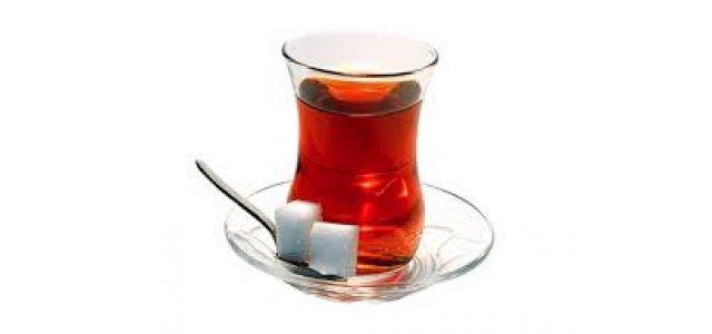 Tatlı yedikten sonra çay için!