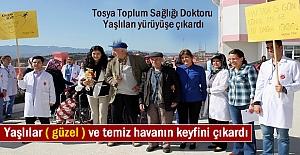 Tosya Toplum Sağlığı Doktoru Huzurevi sakinlerinin Yaşlılar Gününü Kutladı