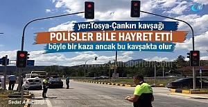 Tosya-Çankırı kavşağında Polisleri...