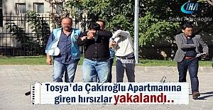 Tosya Menderes Caddesinde 3 daireyi...