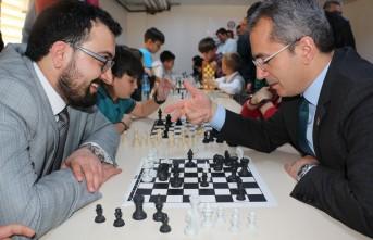 Tosya'da Santranç Turnuvası düzenlendi