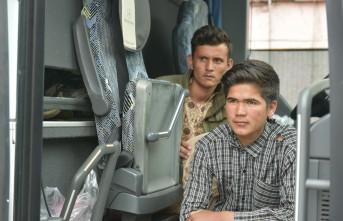 Türkiyede ilk defa Tosya'da yolcu biletli kaçak göçmen yakalandı