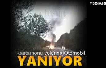 Tosya-Kastamonu Yolunda Otomobil Tamamen Yandı