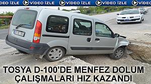 Tosya D-100'de Araç Menfeze Düştü