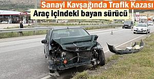 Tosya Yeni Sanayi Kavşağında Trafik Kazasında Bayan Sürücü