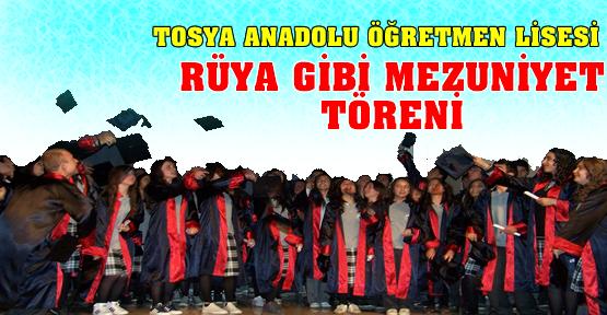 Tosya Anadolu Öğretmen Lisesi'nde mezuniyet töreni düzenlendi