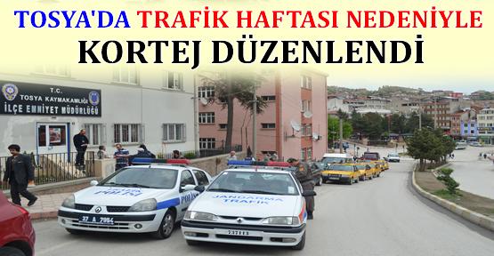 Tosya'da  Trafik Haftası nedeniyle kortej düzenlendi.