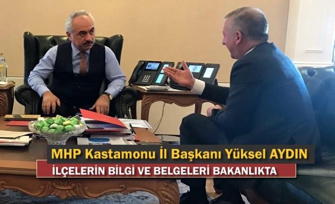 MHP İl Başkanı Belgeleri İçişleri Bakan Yardımcısına Verdi