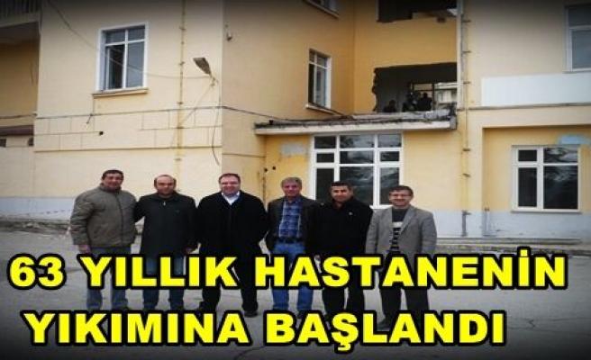 63 Yıllık Tosya Devlet Hastanesi Yıkımına başlandı