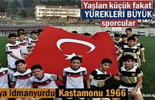 Kastamonu U-13 maçında minik sporculardan Türk...
