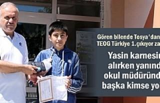TEOG TÜRKİYE 1.TOSYALI YASİN UĞURLU'YA ÖĞRETMENLERİNDEN...