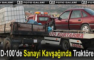 TOSYA YENİ SANAYİ KAVŞAĞINDA TRAFİK KAZASI