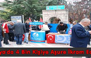 Tosya'da 4 Bin Kişiye Aşure İkram Edildi