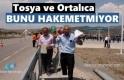 Tosya'da Jandarma Destekli Karayolları Ekipleri Anayola Bariyer Çekti