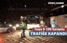 Tosya D-100 Karayolu Kar Yağışı sonrası Trafiğe Kapandı