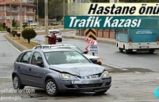 Tosya Hastane Kavşağı'nda Kaza