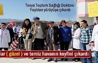 Tosya Toplum Sağlığı Doktoru Huzurevi sakinlerinin...