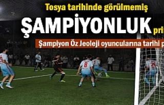 Tosya Halı Saha Turnuvası Şampiyonu Öz Jeoleji...