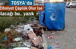 Cumhuriyet Mahallesindeki Çöp sorunu çözüm bekliyor