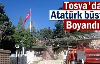 Tosya'da Atatürk Büstü Boyandı