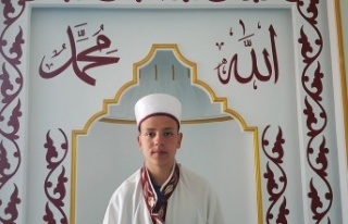 Tosya İmam Hatip Öğrencisi Ahmet İl Birincisi...