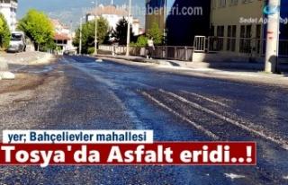 Tosya'da aşırı sıcaklar sonucu asfalt eridi