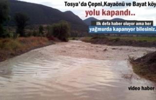 Tosya'da Şiddetli Yağmur sonrası Köy yolları...