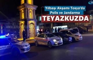 Tosya'da Yılbaşı Akşamı Emniyet Ekipleri...