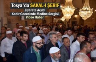 Tosya'da Kadir Gecesinde Sakal-ı Şerif Ziyarete...