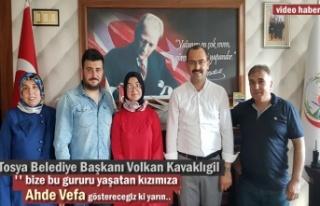 Türkiye Birincisi Betül'e Belediye Başkanından...