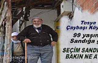 99 YAŞINDA SEÇİMDE SANDIĞA OY PUSULASI İLE BİRLİKTE...