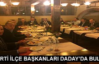 AK PARTİ İLÇE BELEDİYE BAŞKANLARI DADAY'DA...