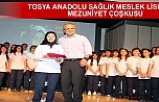 TOSYA ANADOLU SAĞLIK MESLEK LİSESİNDE MEZUNİYET...