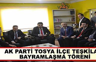 TOSYA'DA AKP İLÇE TEŞKİLATI BAYRAMLAŞMA TÖRENİ...