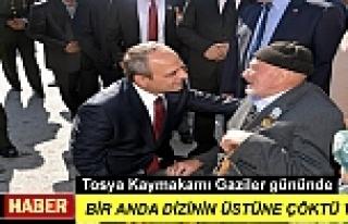 TOSYA'DA KAYMAKAMI KORE GAZİSİ KARŞISINDA DİZ...