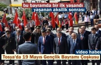 19 Mayıs Gençlik ve Spor Bayramının 99 yıldönümü Tosya'da coşku içinde törenlerle kutlandı.