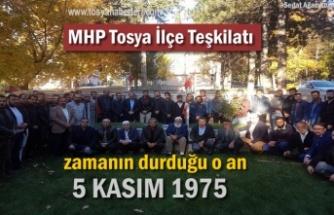 MHP Tosya İlçe Teşkilatı Ülkücü Şehit Yaşar Özcivlez'i Mezarı Başında andı