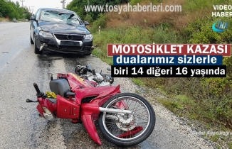 Tosya'da Otomobilin çarptığı Motosikletteki iki kişi yaralandı