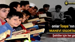 Tosya'da 40 hafız öğrenci Şehitler için Kuran-ı Kerim okuyup dua ettiler