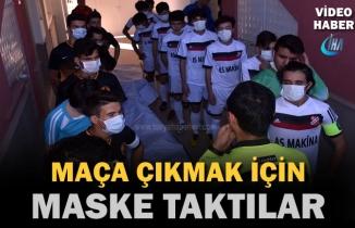 Lösev Haftasına Dikkat Çekmek İçin Tosya'da Futbolcular Sahaya Maske İle Çıktı