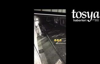 Tosya'da gece yarısı dubalar söküldü