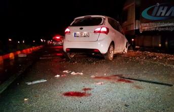 Tosya'da Trafik Kazası yolcu araç içinden yola fırladı